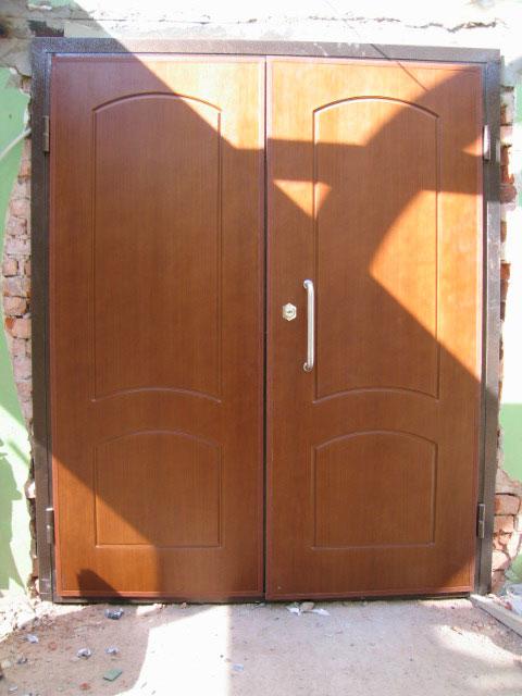 шумоизоляционные металлические двери эконом класса в москве